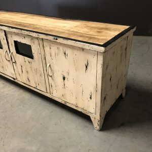 tv dressoir match old white