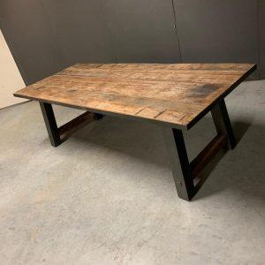Eettafel hout-staal